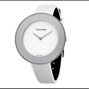 Great 😍Chic Dial White Leather Ladies Watch